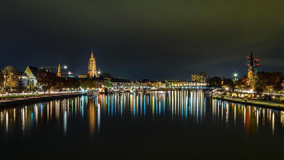 frankfurt nacht bilder